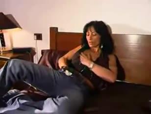 Video porno gratis di incesto famigliari