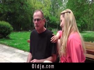 مقطع فيديو سكس رجل ولد علي يتواب