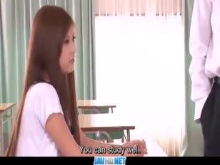 Sottotitoli - asian nubile nozomi nishiyama deep-throating e cazzo