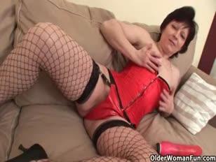 Video porno sedotto dalla madre della mia ragazza