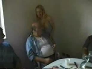 Video de sexo madres drogadas folladas por sus hihos