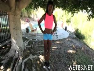Descargar video mujeres. sexo con. animales